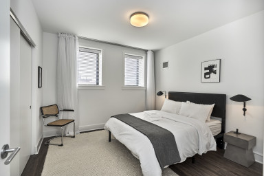 Lake Shore Luxury 2BR Suite No.1