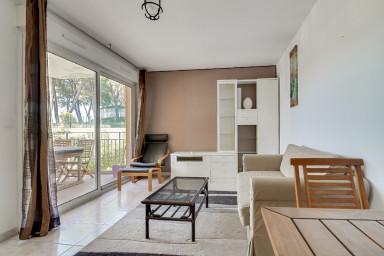 Bel appartement au cœur de Biot avec piscine !
