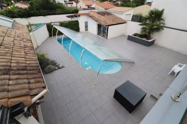 Superbe villa d'architecte, idéalement situe sur la route des vins