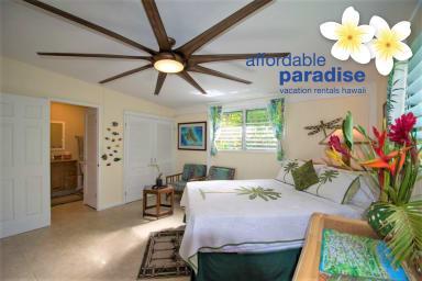 Island Retreat 2 blocks from Kailua Beach Park and Downtown
