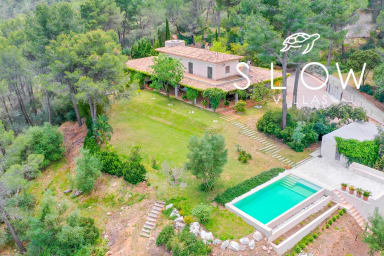 Villa Valldurgent with a swimming pool, garden and majestic mountain views