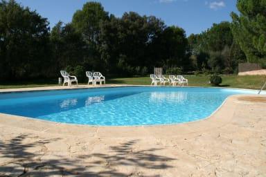 La piscine, zen et nature