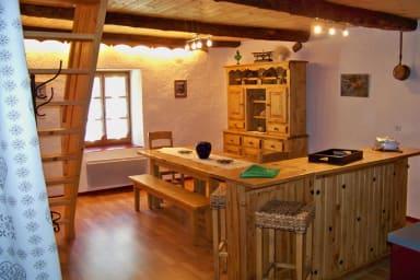 Location de vacances Les Acles à Névache - Salle à manger
