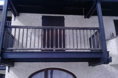 balcon vue de la cour