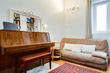 Book-Lovers Abode in the 4th Arrondissement