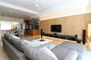 KLCC view, 2000sqft, luxurious 4BR - Binjai#1