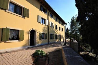 Casale Manzoni Second Floor Apartment