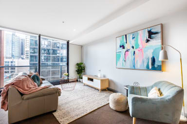 Ella, centrally located riverside apartment
