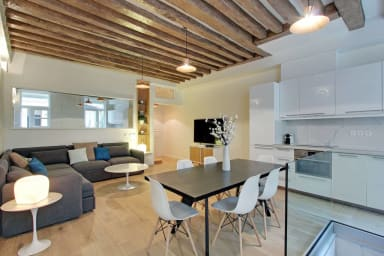 Wonderful 2-BDR/2-BR Le Marais / Vieille du Temple