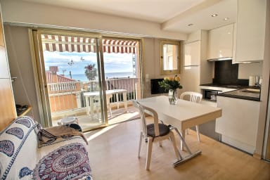 VANEAU ☀️ Pretty Lerins Studio fully renovated with sea view
