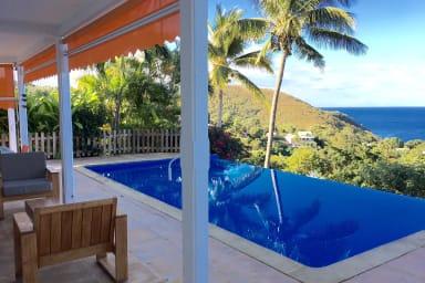 Gîte à louer pour 6/8 personnes, piscine privée, à Bouillante en Guadeloupe