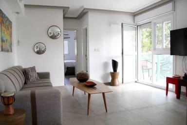 Jean-Jaurès / Dizengoff 147 - 2 Bedrooms + Balcony