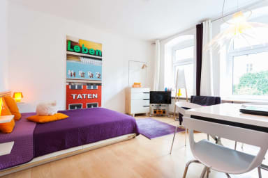 Gesundbrunnen Studio Apartment