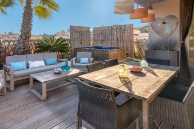 Appartement Julia / Exceptional rooftop apartment with amazing view