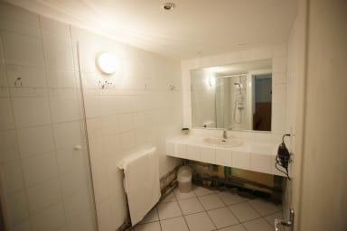 2 ème Salle de bains