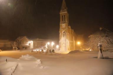 Place de Villar en hiver