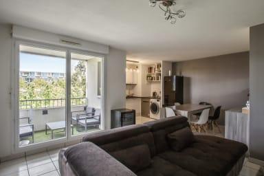 Modern 2-rooms in Bordeaux