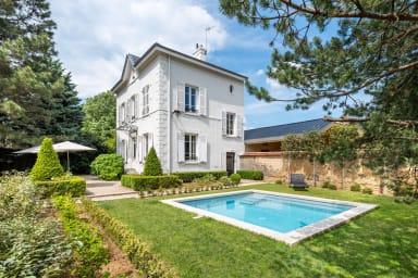 La Bourgeoise - Maison chic et classique