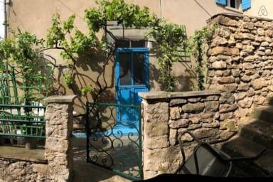 Unique: 2 maisons à Fontaine-de-Vaucluse