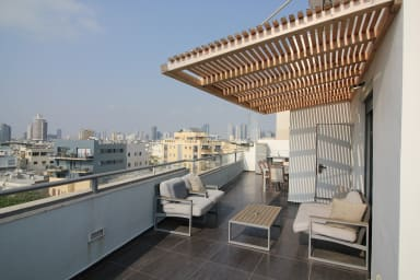 Alenby duplex -AMAZING 360 VIEW OF TOWN