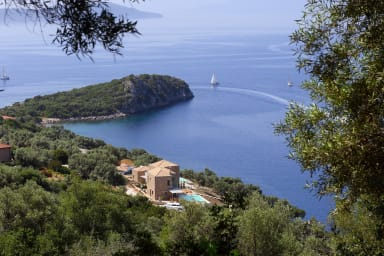 VILE SOUND OF THE SEA - Brand New Villas, Acces direct la mare, Dock privat