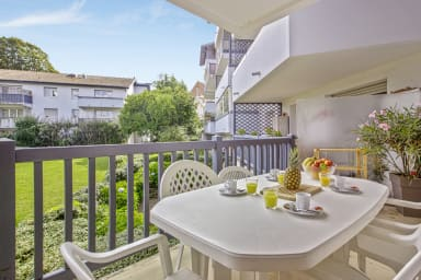 Bright 2br flat with terrace and parking in Anglet center - Welkeys