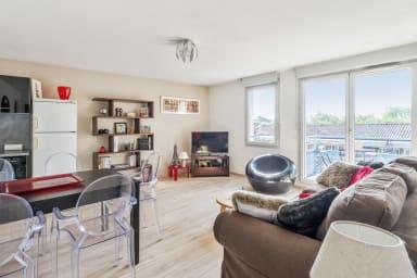 Bel appartement avec balcon et parking à Saint-Cyprien, Toulouse - Welkeys