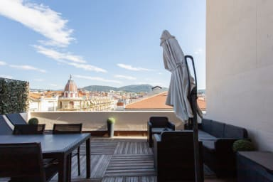 Bright flat with an exceptional terrace at the heart of Nice - Welkeys