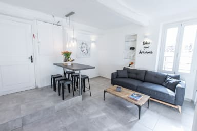 Contemporary  1 BR 4 pax balcony Palais & Croisette 1 mn - heart of Cannes