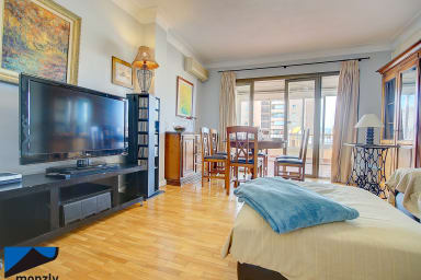 Spacious 4-Bedroom & full equipped Rose Apartment with private terrace