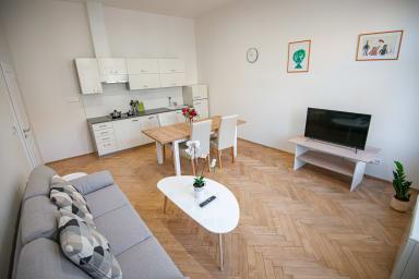 PragueStars Apartment - Vinohrady Korunni 3