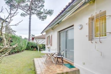 Villa Elaia / Belle maison avec jardin, à quelques mètres du lac d'Hossegor