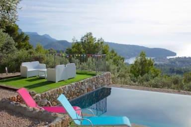 Awesome Sea Views House