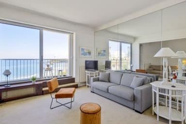 Studio à balcon avec vue magnifique sur Grand Plage (Biarritz) – Welkeys