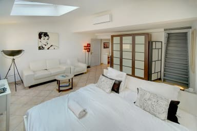 IMMOGROOM- City center- A/C - 5min from the Palais- Restaurant- BEACHES