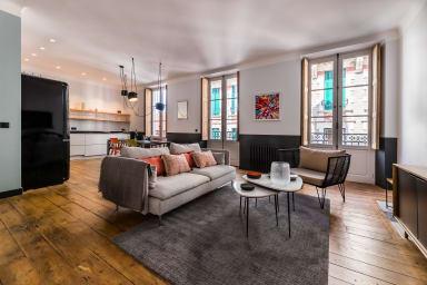 SPOTLIGHT · KEYWEEK Magnifique appartement en plein coeur de Biarritz