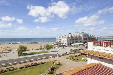 Beau T2 calme 3*** avec balcon et vue sur la plage d'Hendaye - Welkeys
