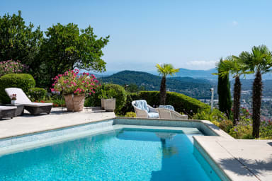 Villa Azurea / Beautiful villa with swimming pool