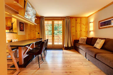 3 chambres à coucher proche du centre, terrasse, Wifi, cuisine équipée