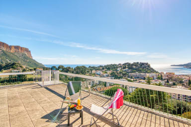 Stunning flat with terrace, pool, 7 min from the beach in Cassis - Welkeys