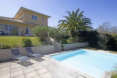 Superbe maison 5***** lumineuse avec jardin et piscine à Boucau - Welkeys