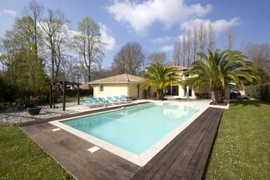 Superb & calm 4* villa w/ pool & garden in St Martin de Seignanx - Welkeys