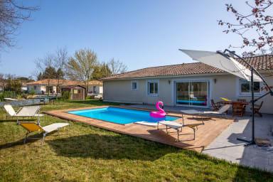 Superbe maison avec piscine, jardin et terrasse au Barp - Welkeys