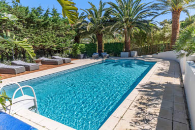 Stunning 3*** villa near the beach with pool in Cavalaire - Welkeys