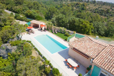 Villa Solaise, Modern Villa in Biot with pool and jacuzzi