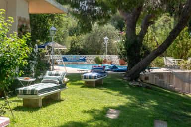 Villa Jackie O! on the Athens Riviera