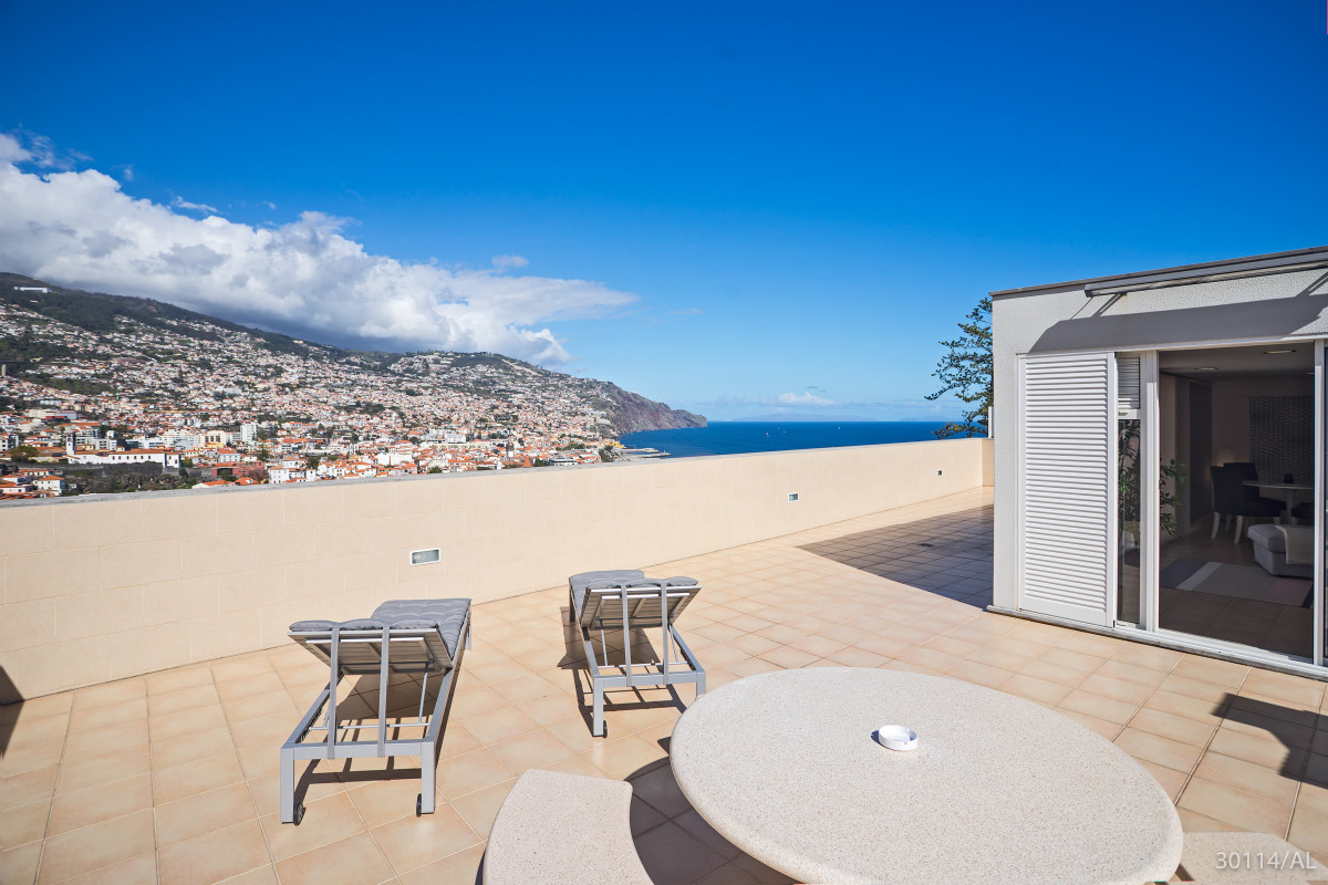 Funchal, Portugal Apartment #RU602900