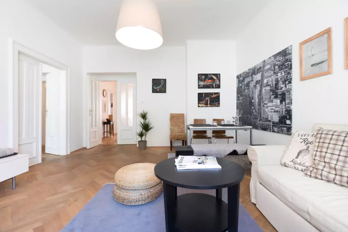 Chic and Spacious Apartment 5min from Historic Prague by easyBNB photo 5756155
