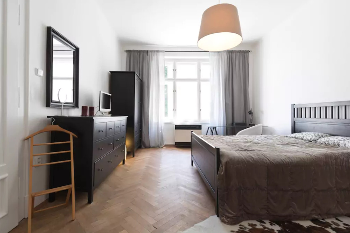 Chic and Spacious Apartment 5min from Historic Prague by easyBNB photo 5772493