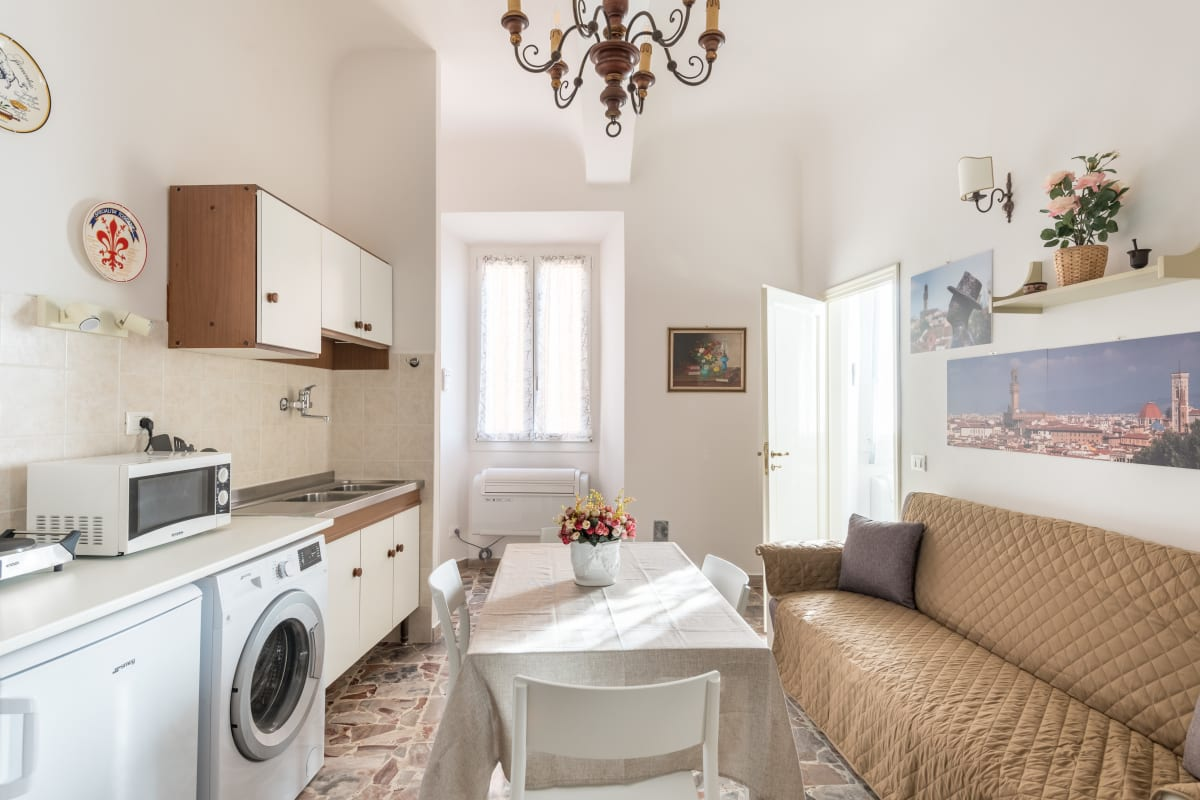 Apartment LEGRAZIE apartments in BEST location of Florence   photo 20441976